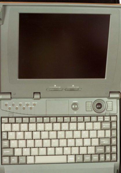 MH89_-9580